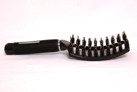 Щетка продувная изогнутая комбинированная (с натуральной щетиной и пластиковыми штифтами)
